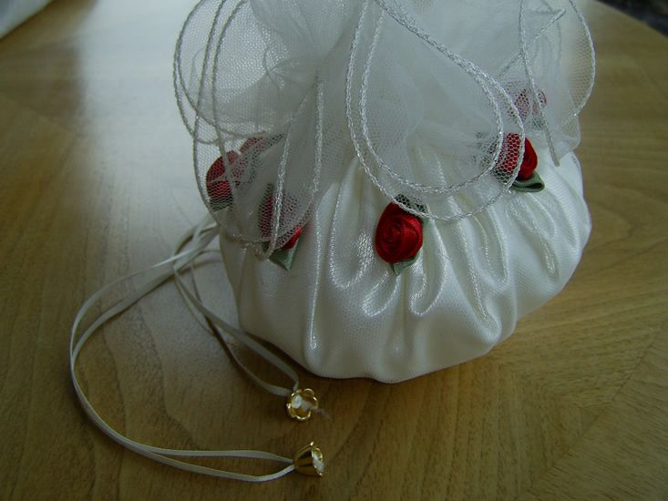 Flower-girl-rosebud-bag