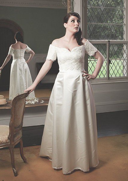 Bodice-lace-overlay-wedding-dress