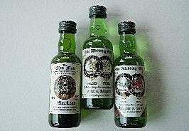 miniature-bottle-favours