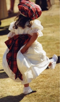 Flower-girl-tartan-silk-dress-and-hat